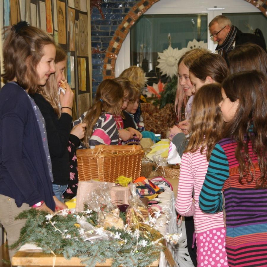 Adventsmarkt in der Evangelischen Grundschule