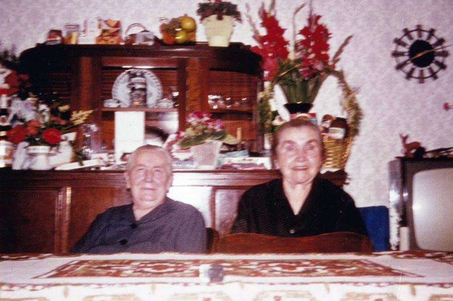 Die zwei Großmütter