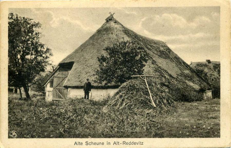 Alte Scheune in Alt-Reddevitz