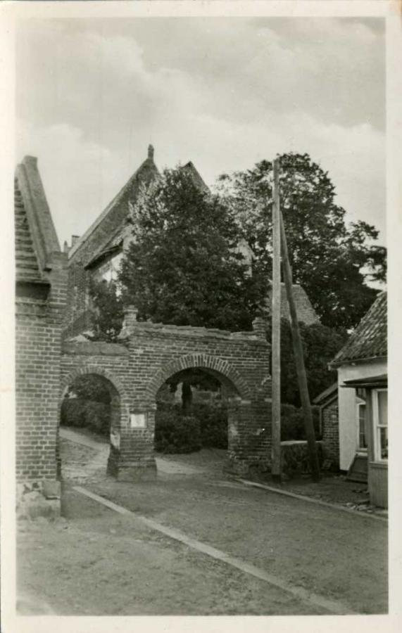 Altenkirchen Kirche Eingang