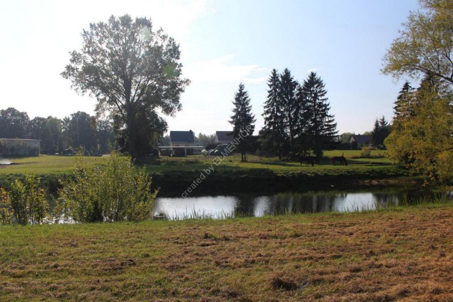 Altes Schwimmbad Elmenhorst - heute Feuerlöschteich