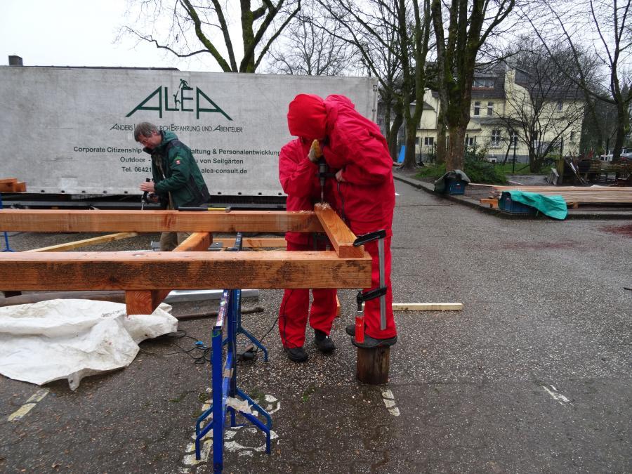 Aufbau bei Regen 2
