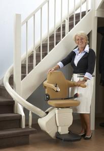 Die Sitzlifte TL Free für kurvige Treppen