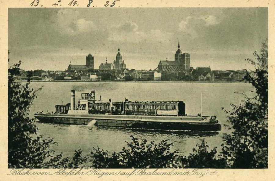 Blick von Altefähr auf Stralsund mit Traject