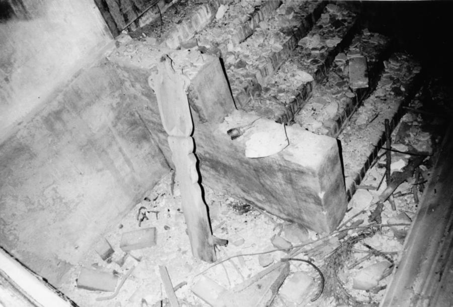 So sah es 1990 in der Grabkapelle der Familie Viereck aus (2)