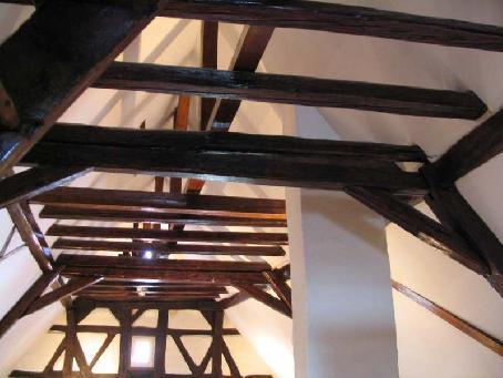 Balkenkonstruktion im Dachgeschoss
