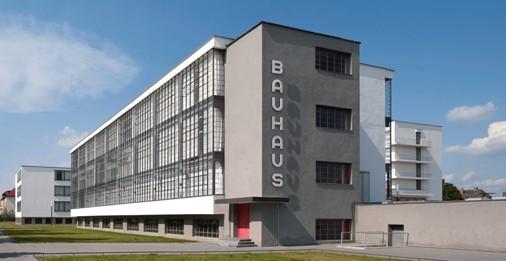 Bauhaus_Dessau_PPTX.jpg
