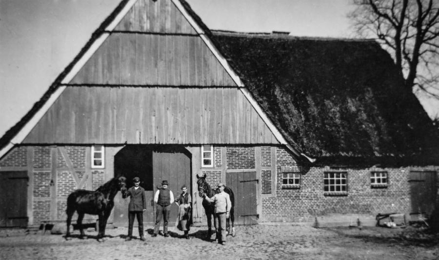 Hof Plambeck ca. 1910