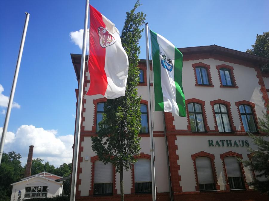 Beflaggung Rathaus