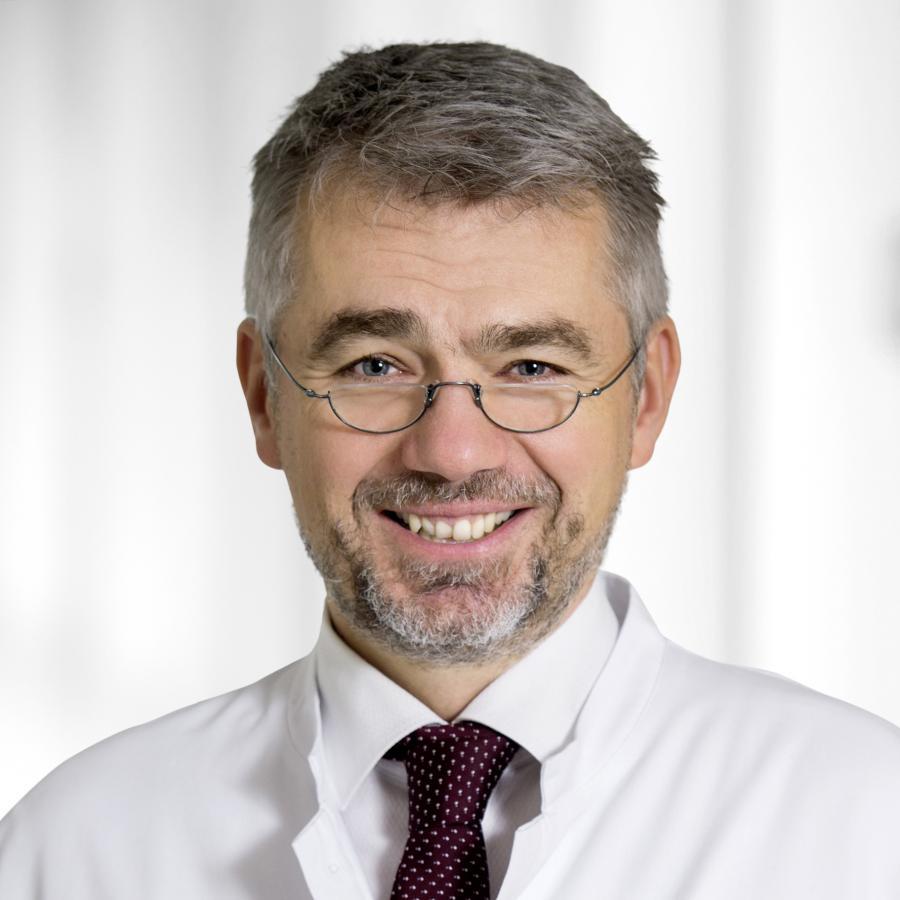 Dr. Benjamin Bereznai
