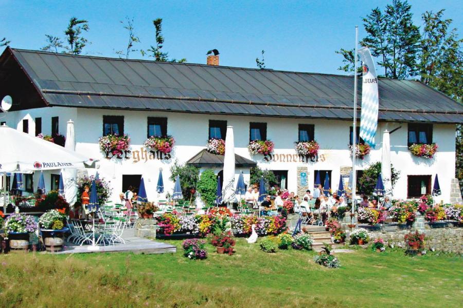 Berghaus Sonnenfels