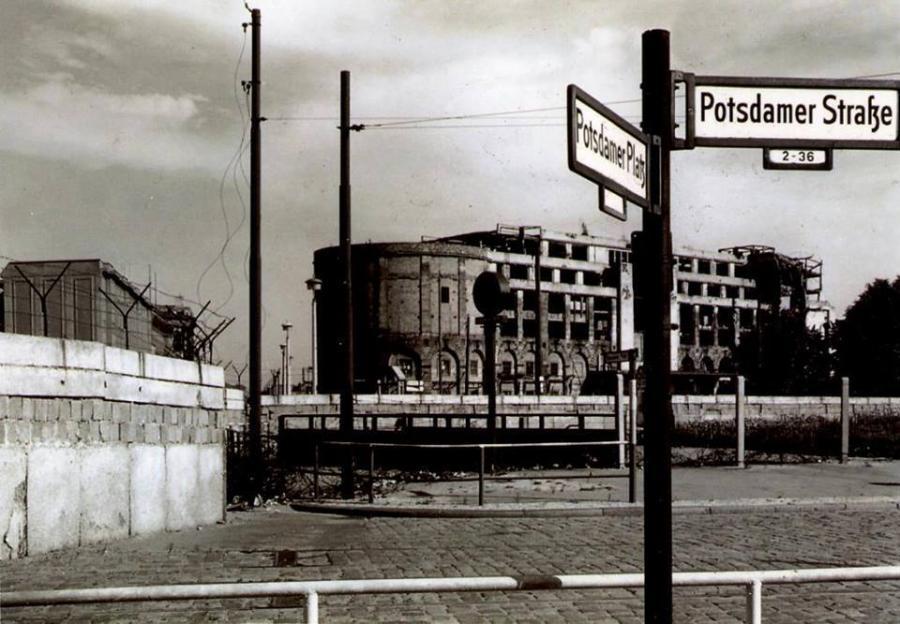 Direkt an der 1: Das geteilte Berlin am Potsdamer Platz