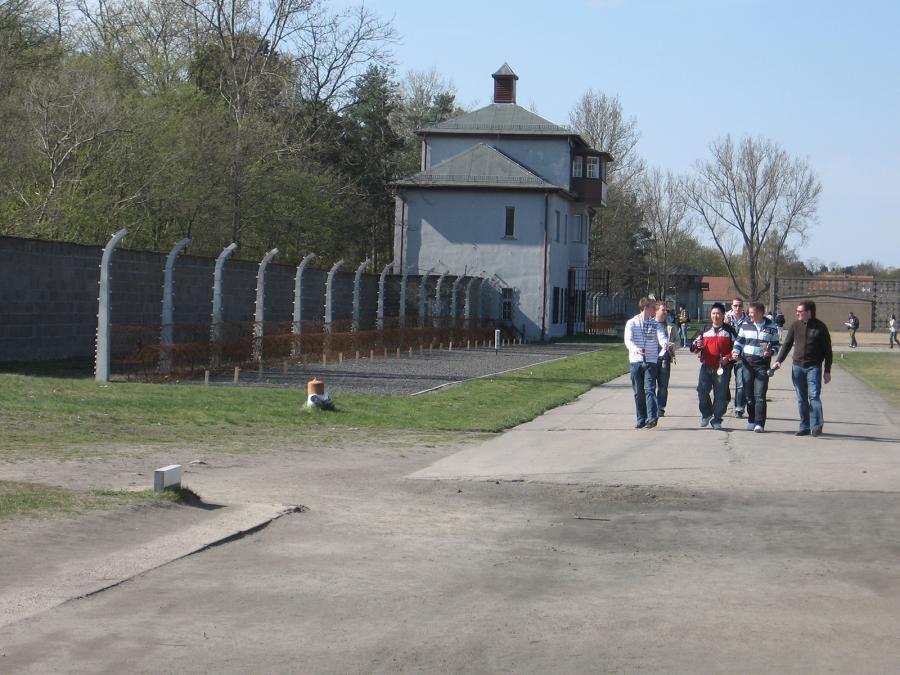 Gedenkstätte Sachsenhausen – Besucher, 2008