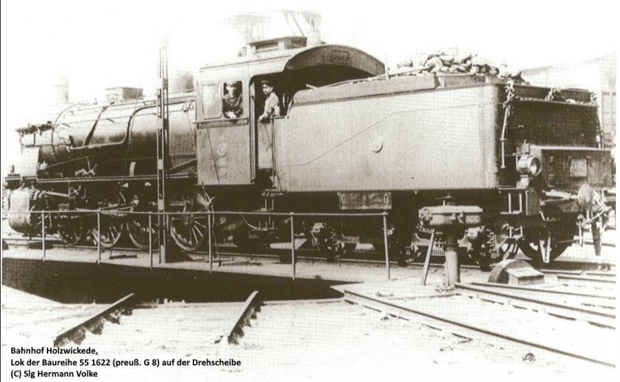 Drehscheibe beim Bahnhof Holzwickede,  Aufnahme stammt aus dem Jahre 1915   Lok BR 55.16-22(preuß. G 8)