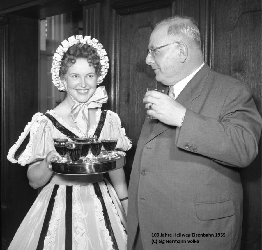 Festakt der BD Essen in Holzwickede zum 100 jährigen Bestehen der Strecke Dortmund-Soest im Jahre 1955