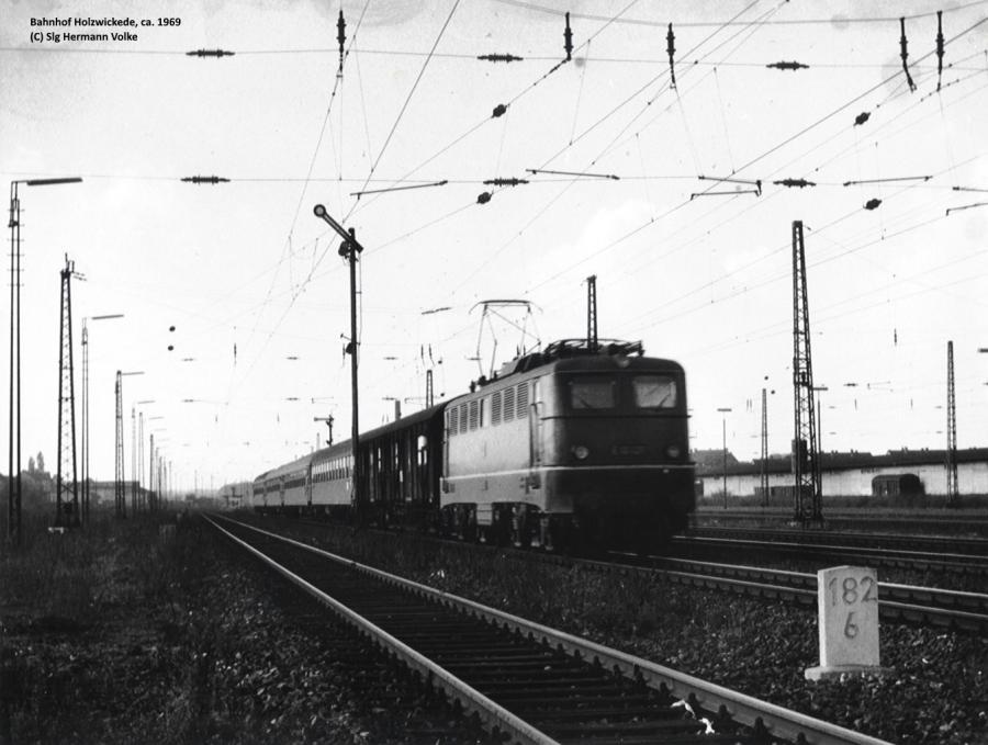 Ausfahrt in Richtung Unna in Höhe der heutigen Firma Montanhydraulik   Aufnahme aus dem Jahre 1969