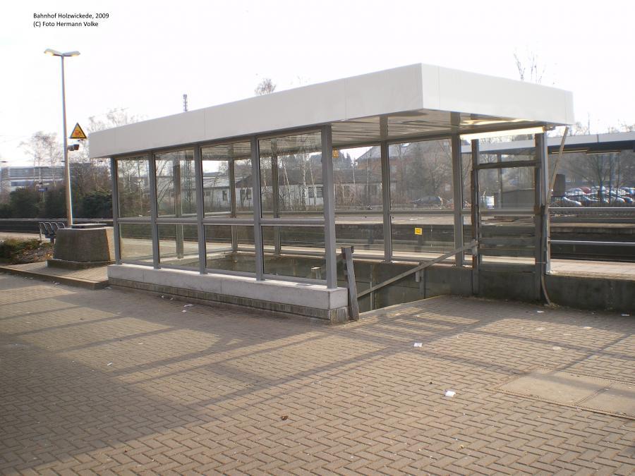Bahnhof Holzwickede, Bahnsteigdach