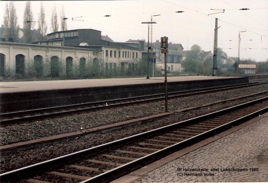 der ehemalige Lokschuppen 1980