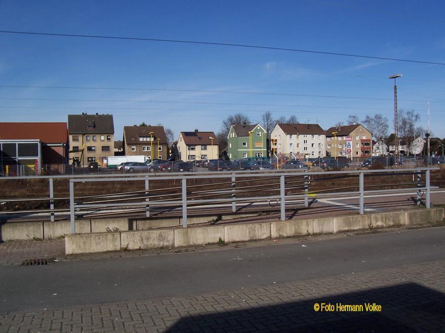 im Hintergrund die Stehfenstraße
