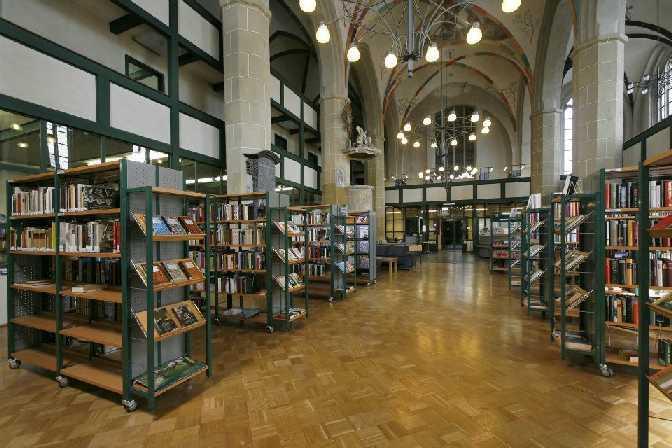 Stadtbibliothek im Mönchenkloster