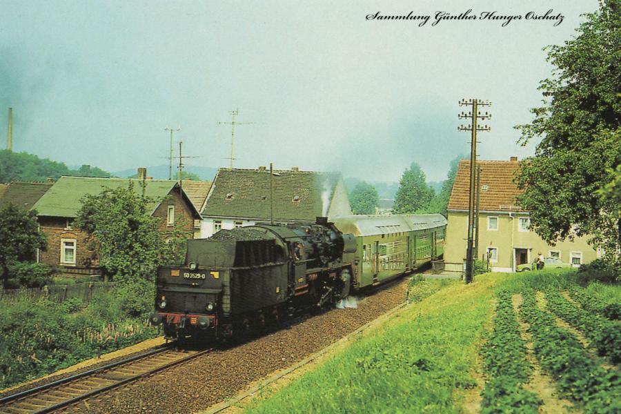 Reko-Güterzugdampflokomotive 50 3529  mit Personenzug in Nossen, auf Fahrt nach Meißen