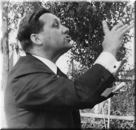 Unser Chorleiter Heinz Lenuweit, 1970