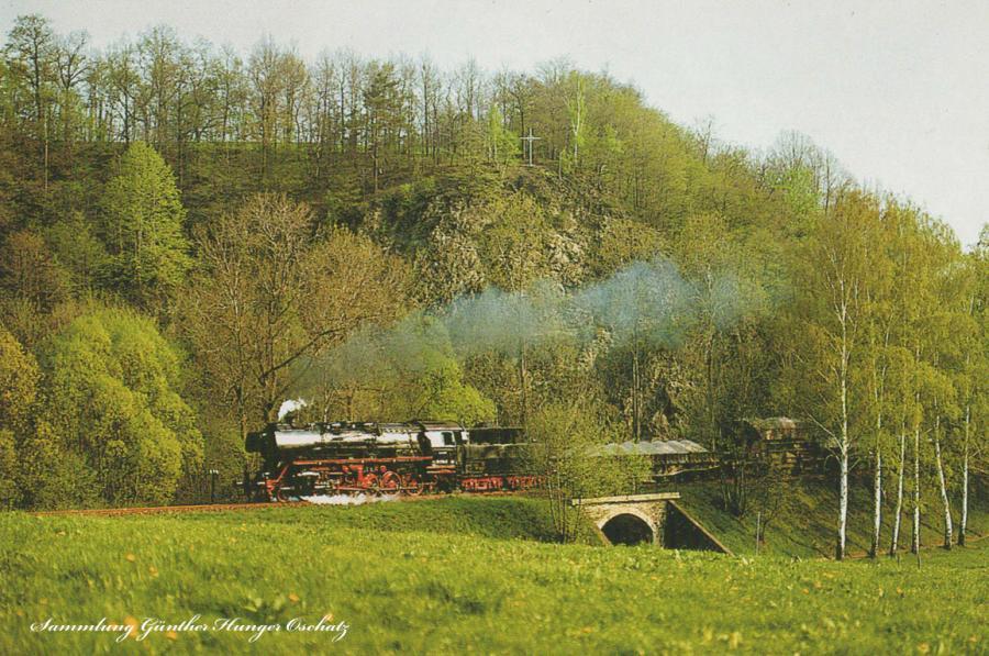 Rekodampflokomotive 50 3704  mit Nahgüterzug am Kreuzfelsen bei Kratzmühle