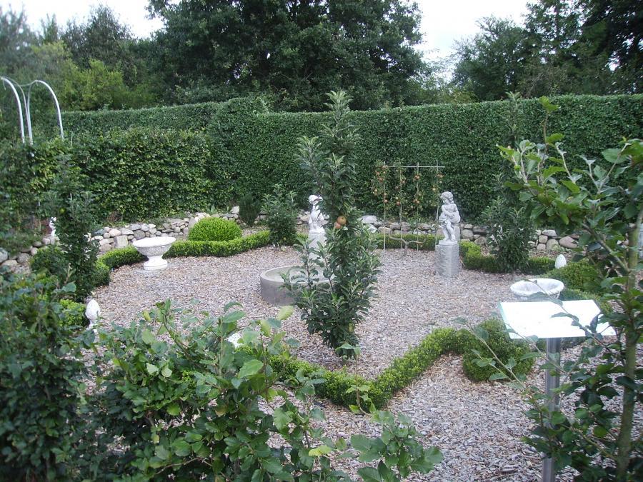 Blick in den Barockgarten