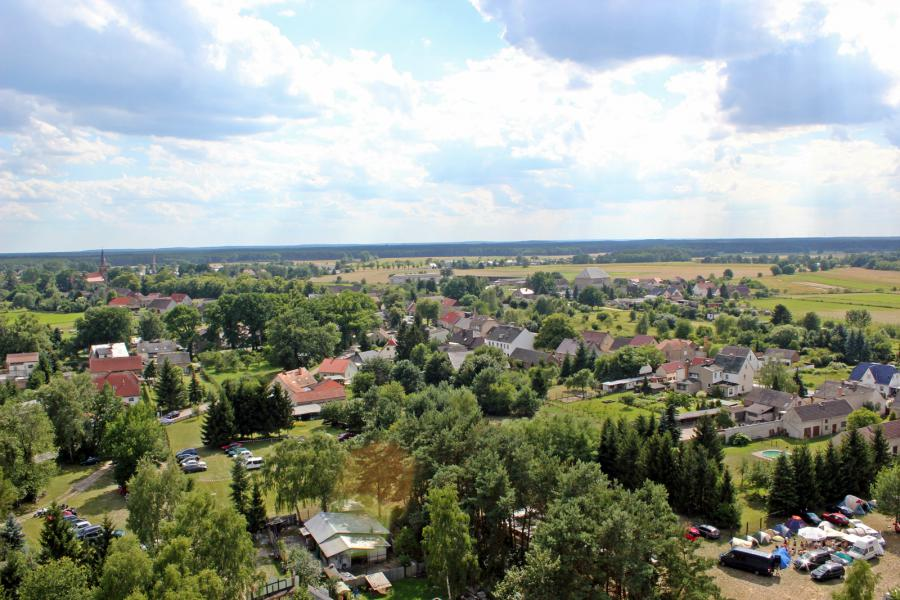 Der Blick über den Ortskern von Friedersdorf.