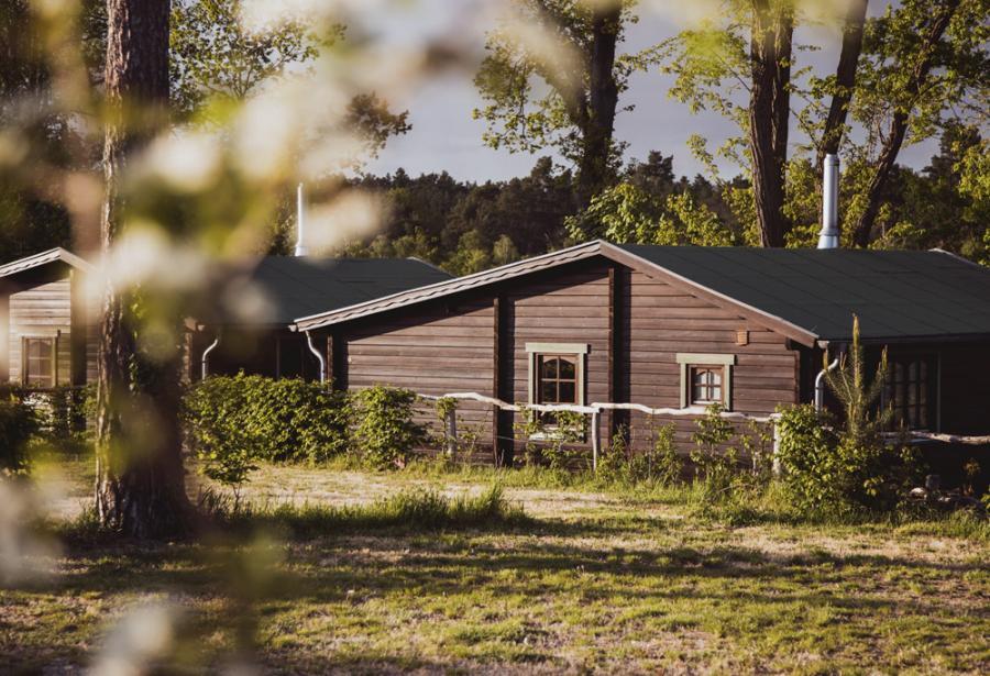 Campingplatz Rathenow Blockhütte mit Kamin