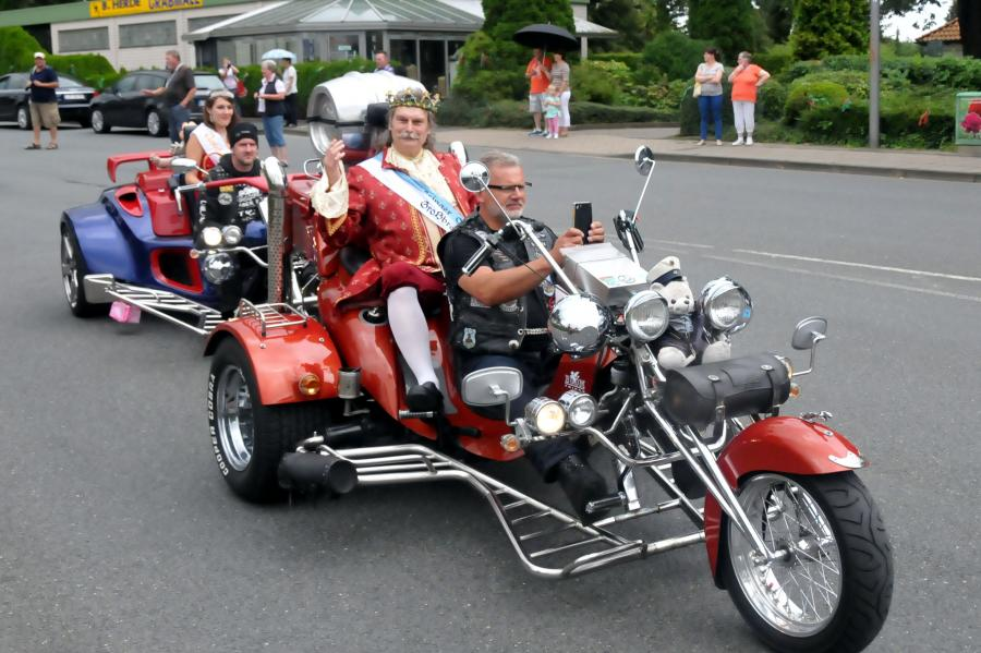 Queens on Trike