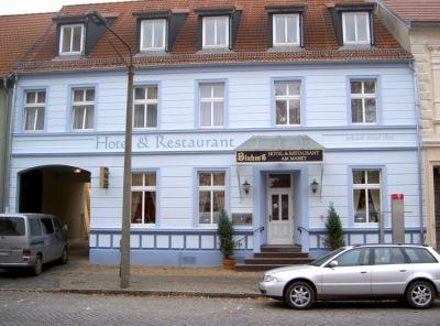 Bluhms Hotel
