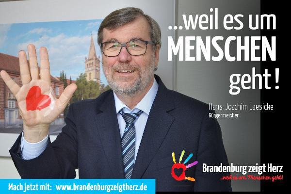 Bürgermeister Hans-Joachim Laesicke unterstützt »Brandenburg zeigt Herz«