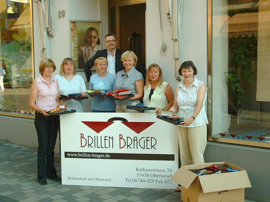Auf dem Foto sind von links nach rechts zu sehen: Monika Hoffmann, Lilo Rolinger, Jeanette Kurz (alle St. Goar), Rita Lanius-Heck (Ober-wesel), Regina König (Niederburg), Hildegard Mallmann (St. Goar) sowie dahinter stehend Werner Brager (Oberwesel)