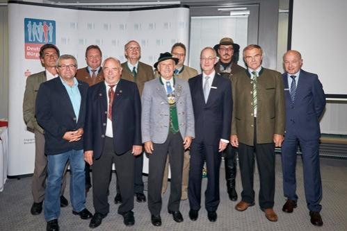 Komitee und Vorstand