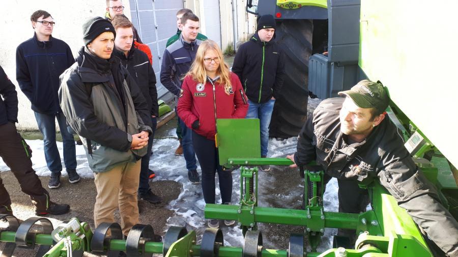 Lehrunterweisung Saatbettbereitung und Aussaat