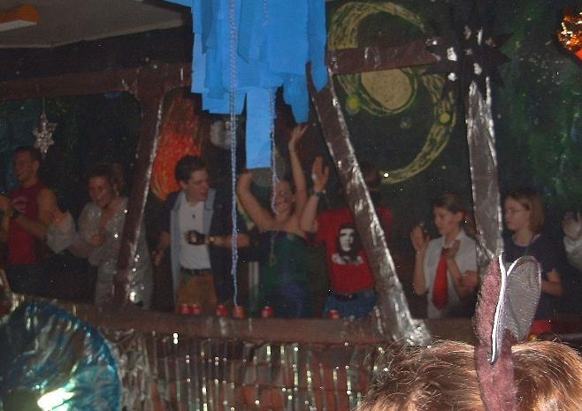 Karneval an Weiberfastnacht ist und bleibt Tradition