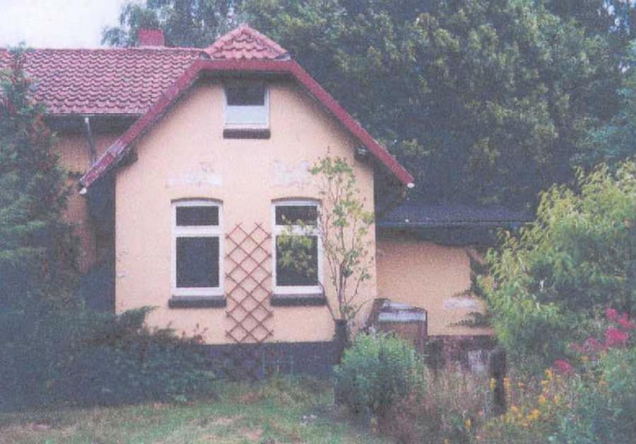 … Gartenfassade vor der Sanierung