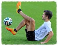 Patrick Bäurer, Football Freestyler zeigt sein großes Ballgefühl - Foto: Joachim Hahne
