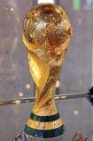 Der WM-Pokal macht am Samstag, 13. Juni 2015 im Rahmen der Ehrenrunde Station in Hinterzarten - Foto: Joachim Hahne/johapress