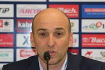 Helmut de Raaf ist nicht mehr Trainer der Schwenninger Wild Wings - Foto: johapress