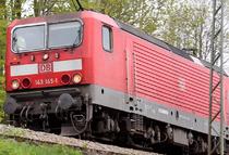 Der Bahnverkehr im Raum Freiburg im Breisgau ist nach einem Hangrutsch in Freiburg- St. Georgen stark beeinträchtigt. - Symbolfoto: johapress