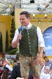 """Immer gut drauf und um keinen Spruch verlegen: Stefan Mross moderiert """"immer wieder sonntags"""" - Foto: johapress"""