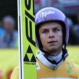 Milka ist zurück bei der Vierschanzentournee - Grand Prix Sieger Andreas Wellinger zeigt in Hinterzarten schon Flagge - Foto: johapress / Hahne