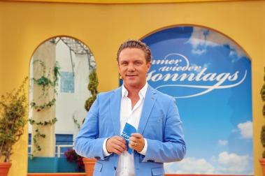 """Stefan Mross präsentiert ab dem 21. Mai wieder 14 Folgen von """"Immer wieder sonntags"""" aus dem Europark - Foto: Hahne / johapress"""