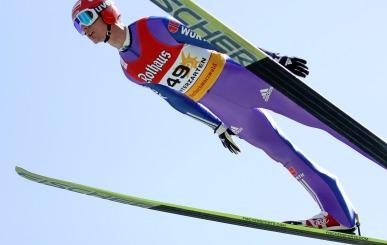 Andreas Wank will beim Sommerskispringen in Hinterzarten auf das Podest springen - Foto: Hahne / johapress