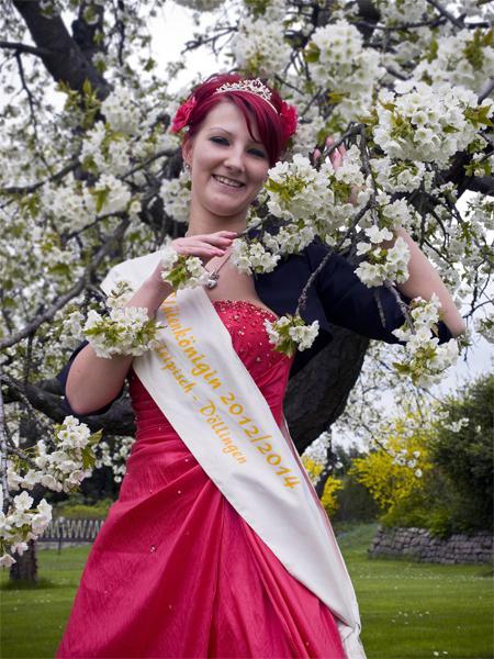 Blütenkönigin Kelly Leßmann 2012-2014