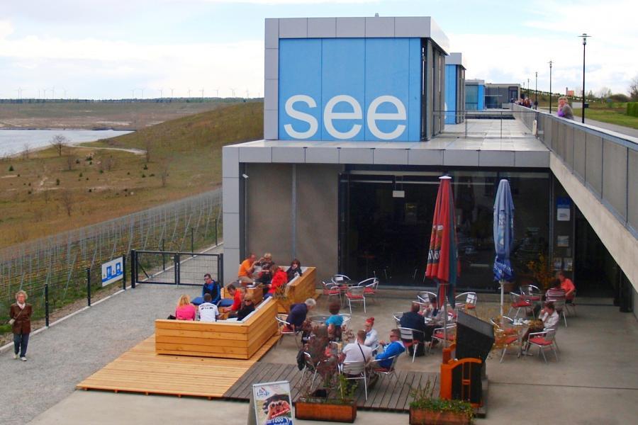 Cafe und Restaurant an den IBA Terrassen