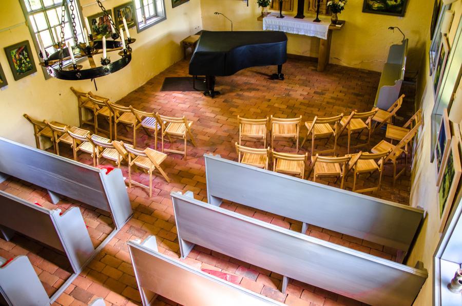 Kirche am Welsetal