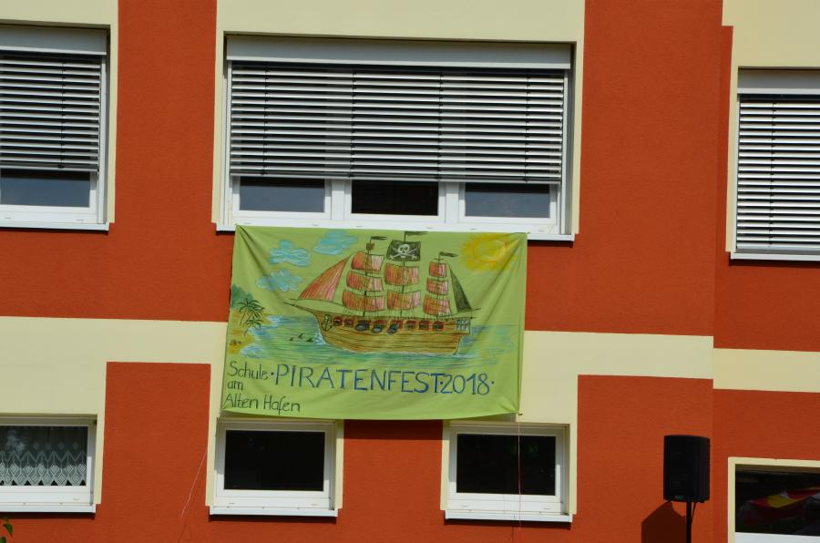 "Unser Motto ""Piratenfest"""